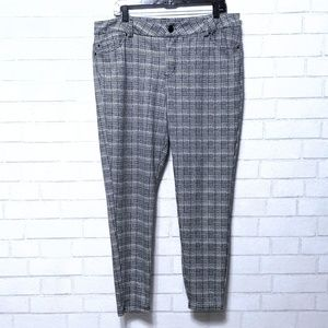 Maurices Check Plaid Skinny Pants X-Large
